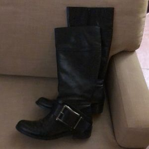 Jessica Simpson Equestrian or Moto Bl. knee boots.